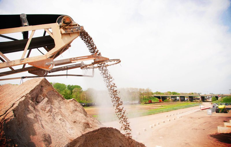 DustBoss Ring Mounting Bracket for Conveyor Dust