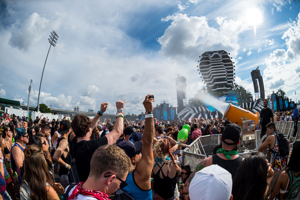 Outdoor Crowd Cooling Mist Preventing Illnesses at Electric Zoo Festival