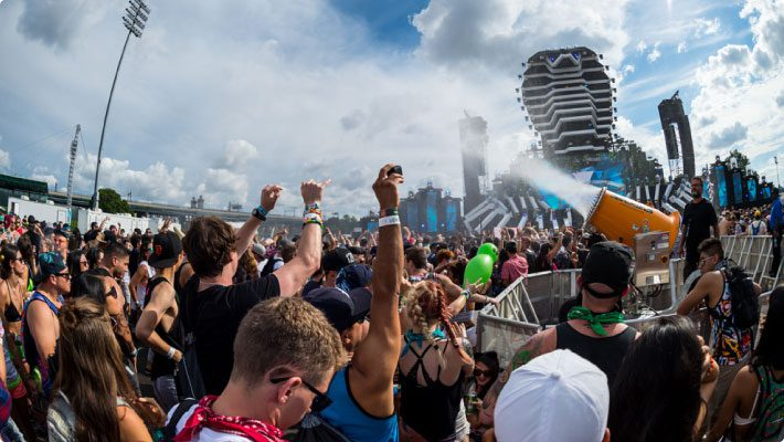 KoolBoss midst the crowd at electric zoo