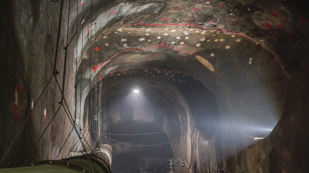 Underground Tunnels for Subway