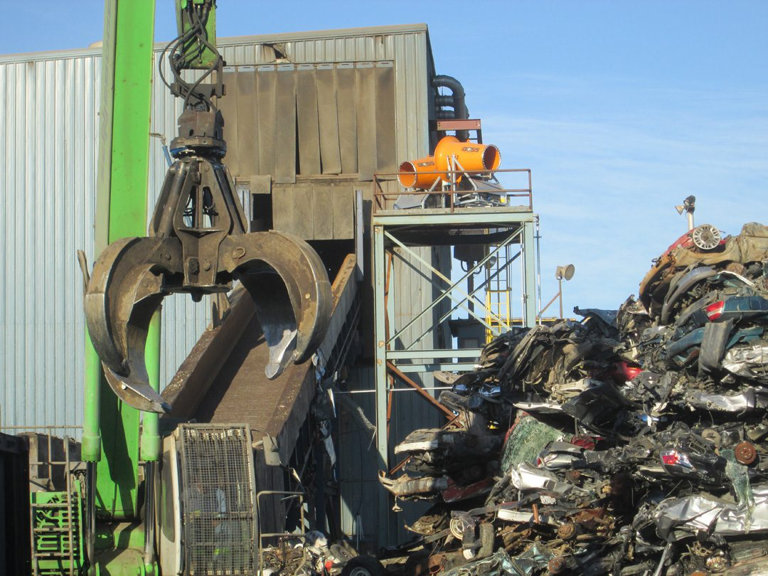 Twin Mounted DustBoss Cannons Suppress Dust While Shredding Scrap